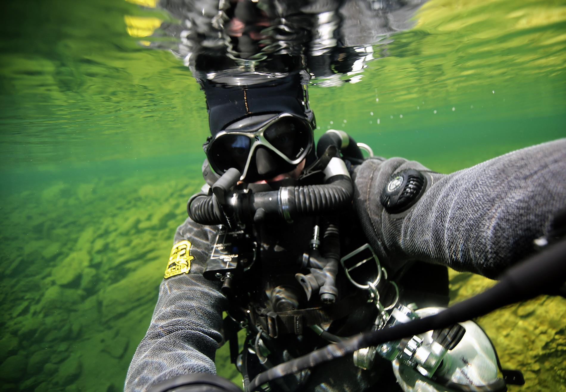 Plura cave, rEvo rebreather