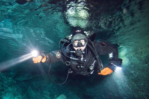 Подземное озеро в правом ходе